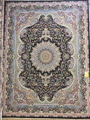 فرش کاشان – ۱۲۰۰ شانه – طرح مبین سرمه ای