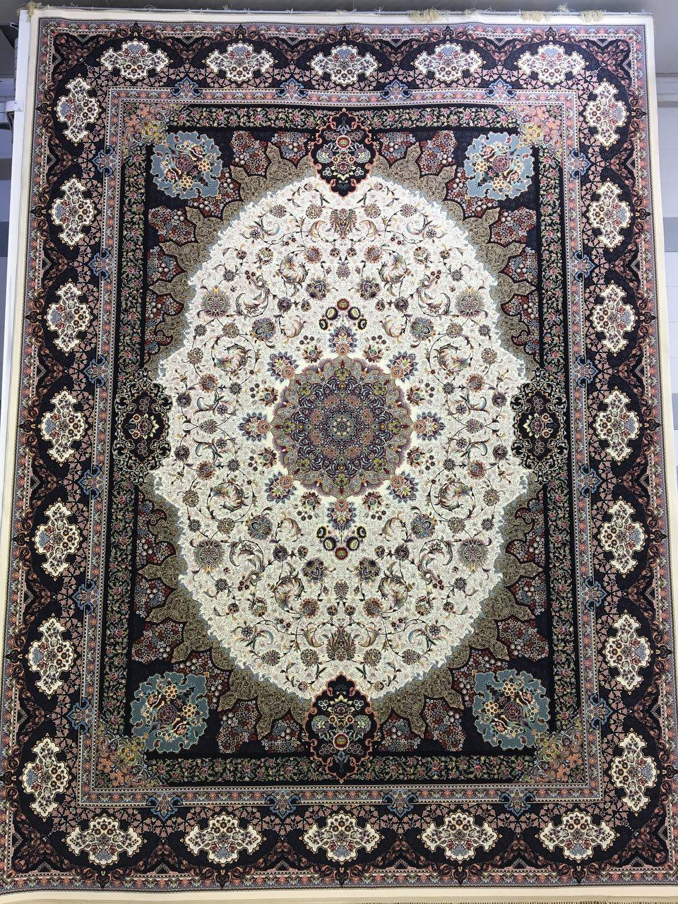 فرش کاشان - ۱۲۰۰ شانه - طرح نامیان