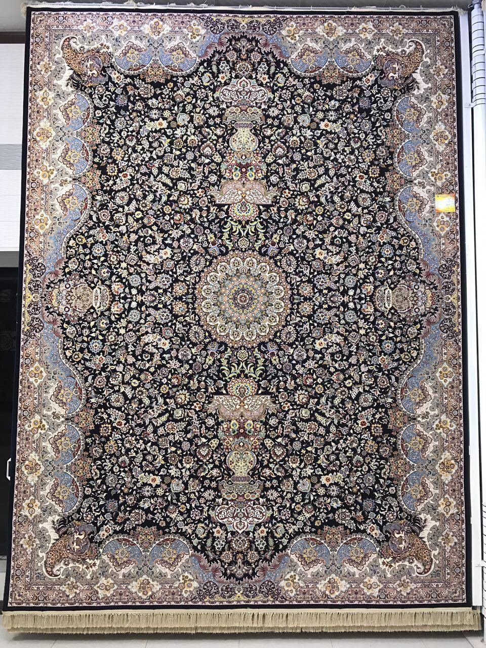 فرش کاشان - ۱۲۰۰ شانه – طرح معراج