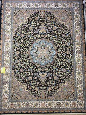 فرش کاشان – ۱۲۰۰ شانه – طرح یلدا سرمه ای