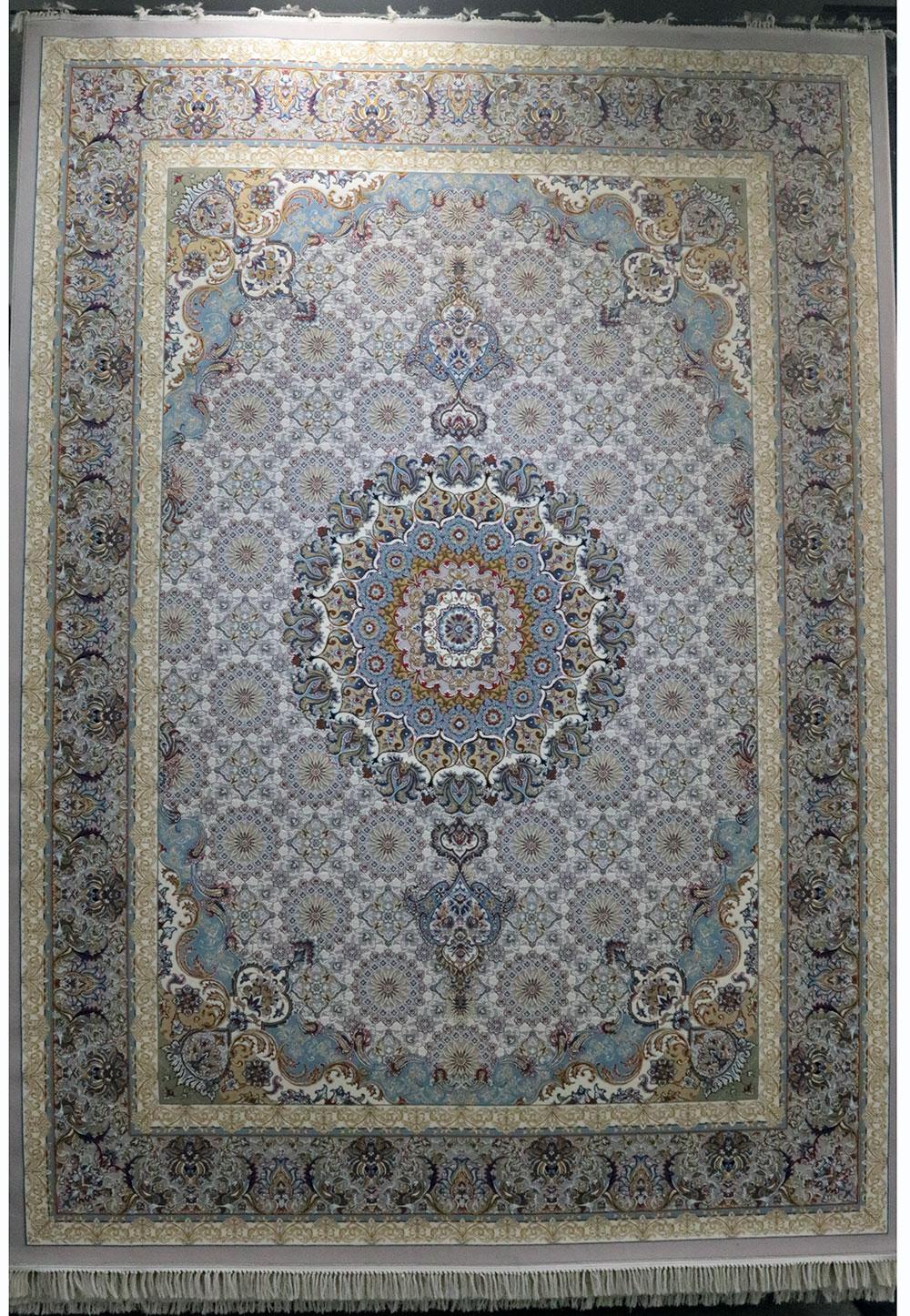 فرش کاشان – 700 شانه نقشه سلطنتی خورشید
