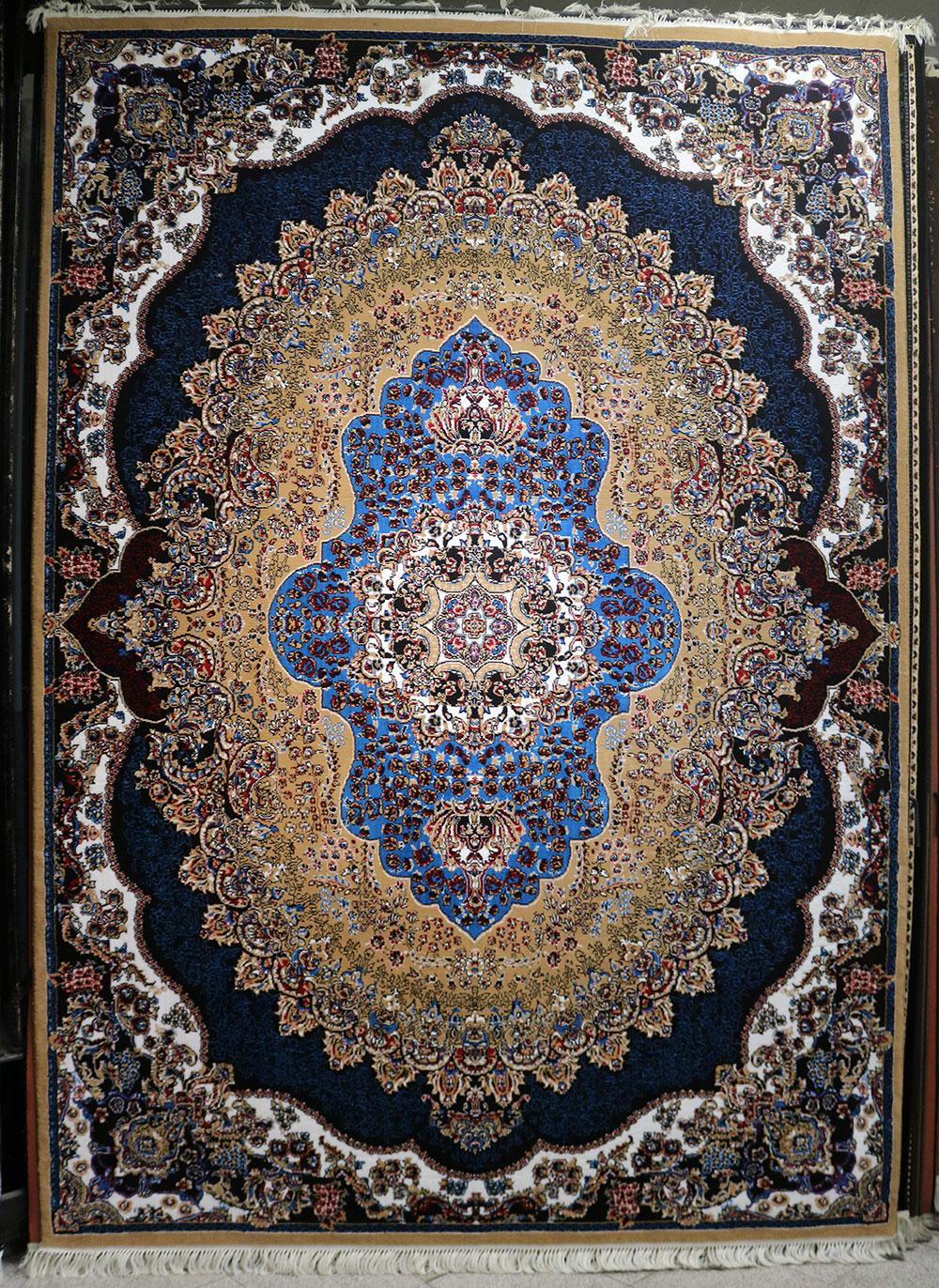 فرش کاشان – 500 شانه – طرح مروارید رنگ بژ