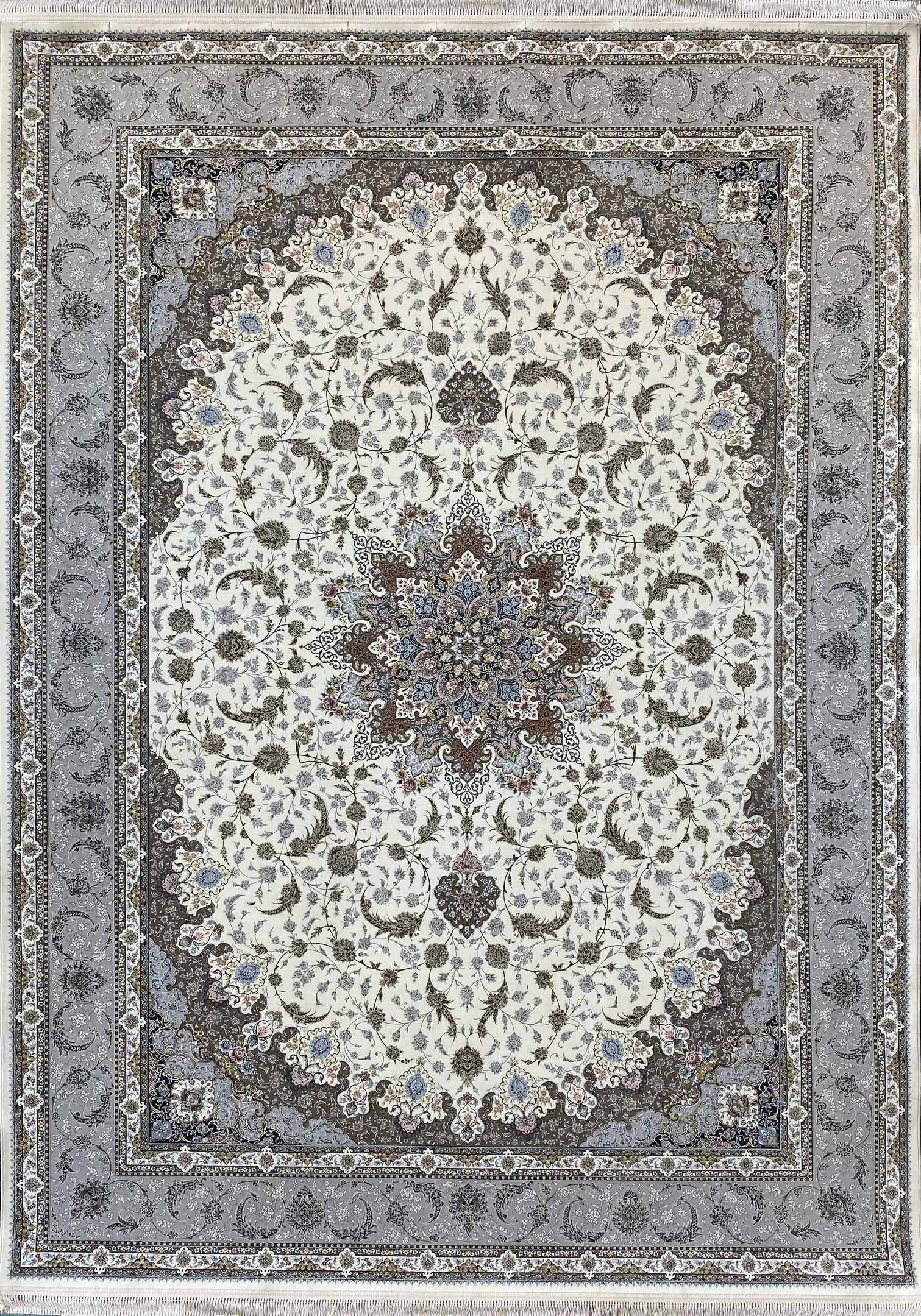 فرش کاشان -نقشه اصفهان ۱۵۰۰ شانه کرم گلبرجسته